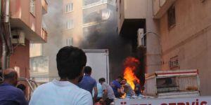 Diyarbakır Yenihal Kavşağı yakınlarında jeneratörde çıkan yangın gaz dolu tüplere sıçramadan önlendi