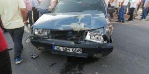 Çınar'da aynı istikamette giden iki araç çarpıştı