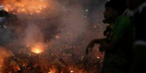 Bangladeş'te çıkan yangında 50 bin kişi evsiz kaldı