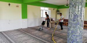 Diyarbakır Bağlar Belediyesi Camilerde temizlik seferberliği başlattı