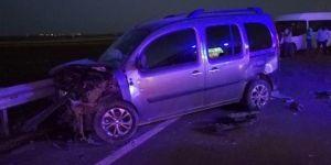Çınar Beşpınar'da iki araç çarpıştı: 6 yaralı