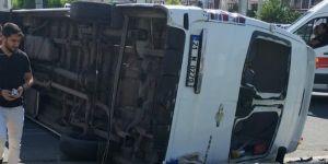 Diyarbakır Mahabat Bulvarı Tekel Kavşağı'nda kaza: 9 yaralı