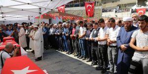 Bakan Soylu PKK saldırısında katledilenlerin cenaze törenine katıldı