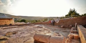 Dülük kazılarında hamam ve bazilika gün yüzüne çıkarıldı