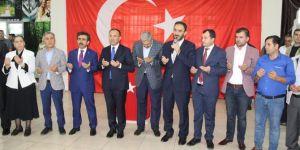 Cumhurbaşkanı Erdoğan araya girdi Ergani'de husumetli aileler barıştı