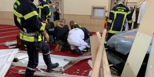 Car rams into mosque in France