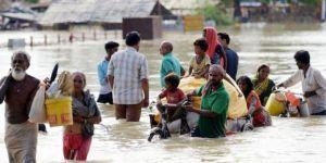 Hindistan'da sel en az 40 ölü