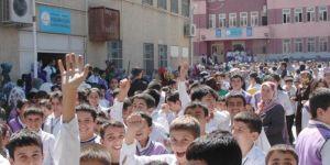 İstanbul'da hasarlı 29 okul bugün tatil