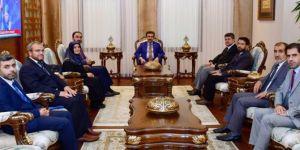 Diyarbakır Valisi Güzeloğlu İl Müftüsünü makamında kabul etti