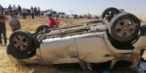 Kurtalan'da otomobil şarampole devrildi: 1 ölü 4 yaralı