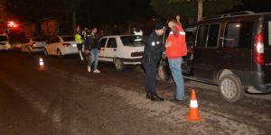 Adıyaman'da Huzur 02 Uygulamasında 6 kişi gözaltına alındı