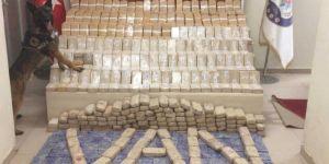 Şüpheli minibüsten 269 kilo eroin çıktı