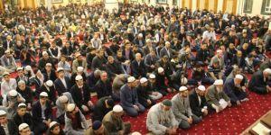 Müslüman bir toplumda aileyi zayıflatacak hususlardan kaçınmalıyız