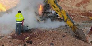 Silopi'de PKK iş makinesine patlayıcı yerleştirerek patlattı