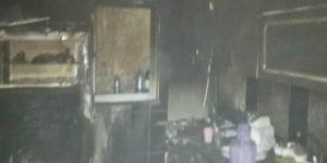 Batman'da yaşlı adamın evi yangında kullanılamaz hale geldi