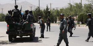 Afganistan'da askeri kampa saldırı: 5 yaralı