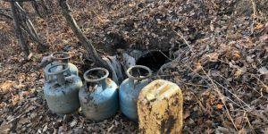 Genç'te el bombası ile tuzaklanmış sığınak imha edildi