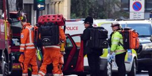 Stabbing attack kills two people in London