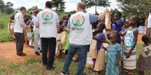 Avrupa Yetim Eli, Uganda'da çocukların yüzlerini güldürdü