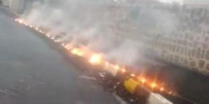 Viranşehir'de kopan elektrik kablosu alev aldı