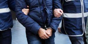 Muş'ta 2 HDP'li belediye başkanı gözaltına alındı.