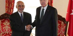 Afganistan'da seçimin galibi Eşref Gani