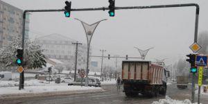 Bitlis'te 28 köy yolu ulaşıma kapandı