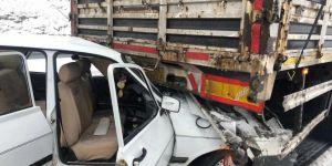 Kaygan yol kazaya neden oldu: 4 yaralı