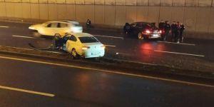 Diyarbakır Yeni Hal köprülü kavşakta trafik kazası: 2 yaralı
