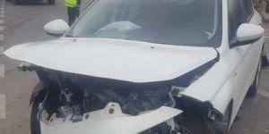 Nizip'de otomobiller kafa kafaya çarpıştı: 7 yaralı