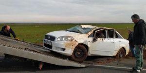 Çınar Pembeviran'a düğüne giden araç takla attı: 2 yaralı
