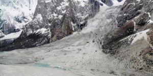 Pakistan'da yoğun kar yağışı: 108 ölü