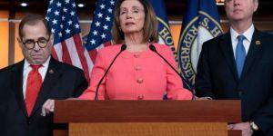 Trump'ın azil maddeleri Senato'ya yollandı