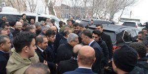Bitlis Valisi Oktay Çağatay Şeyh Abdülkerim Çevik'in taziyesine katıldı