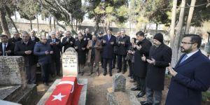 Antep savunmasının sembol isimlerinden Şehit Mehmet Kamil ve annesi dualarla anıldı
