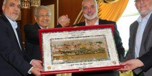 Hamas delegation led by Haneyya meets Malaysian premier