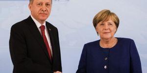 Merkel to pay a visit to Turkey