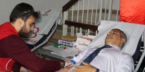 Diyarbakır İl Milli Eğitim Müdürü kan bağışında bulundu