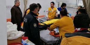 Elâzığ'da enkaz altından birer saat arayla 2 kadın sağ çıkarıldı