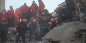 Mirac, 12, rescued alive from rubble in Elazığ, lost his life