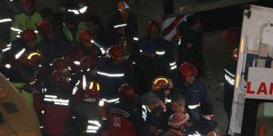 Elazığ'daki depremde bir kişinin daha cansız bedenine ulaşıldı