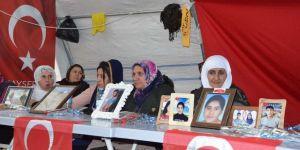 Evlat nöbetindeki ailelerin umutlu bekleyişi 156'ncı gününde