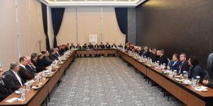 """Diyarbakır'da """"Cumhurbaşkanlığı Hükümet Sistemi"""" çalıştayı gerçekleştirildi"""