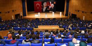 """""""Sınav Kaygısı ve Psikolojik Dayanıklılık"""" temalı seminer düzenlendi"""