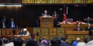 """Erdoğan, Pakistan Meclisinde """"Yüzyılın Planı""""nın bir işgal planı olduğunu söyledi"""