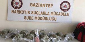 Gaziantep'te yolcu çantasında 6 kilo sentetik uyuşturucu ele geçirildi