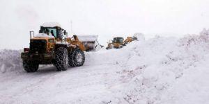 Siirt'te Karda mahsur kalan 40 kişi kurtarıldı