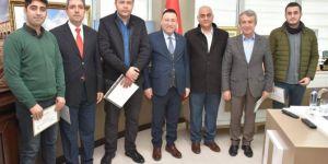 Diyarbakır Bağlar Belediyesi afet bilinci eğitimine katılan çalışanlarına sertifika verdi