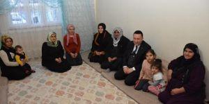 Bağlar Belediyesi tek gözlü evde yaşayan mağdur aileye sahip çıktı
