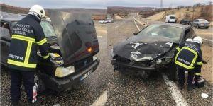 Besni'de iki araç çarpıştı: 7 yaralı